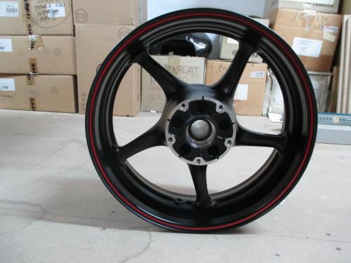 Llantas de Yamaha R6'04-05 y FZS